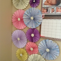 Paper-medallions-birthday-decor
